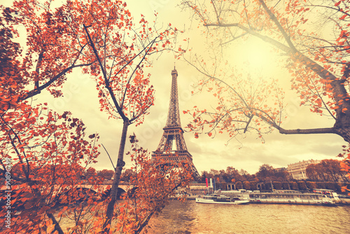 Fototapety, obrazy : The eiffel tower in paris