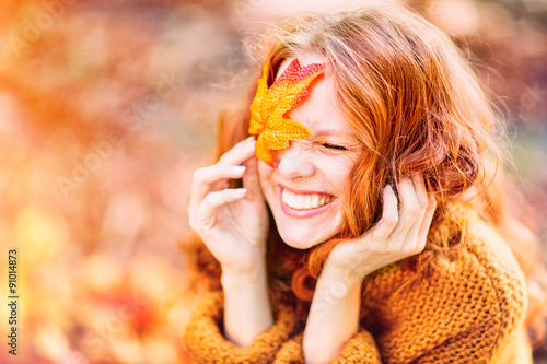 Plagát laughing autumn