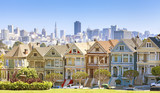 Fototapety San Francisco skyline with Painted Ladies buildings.