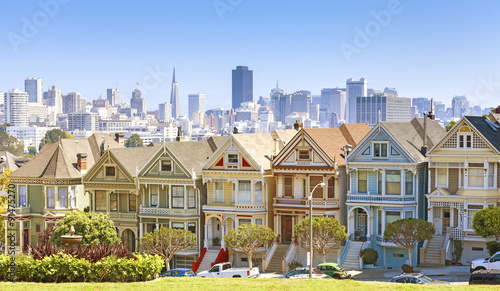 Aluminium San Francisco San Francisco skyline with Painted Ladies buildings.