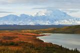 Fototapety Denali Mountain and Wonder Lake at sunrise
