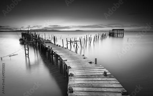 Fototapeta A peaceful ancient pier