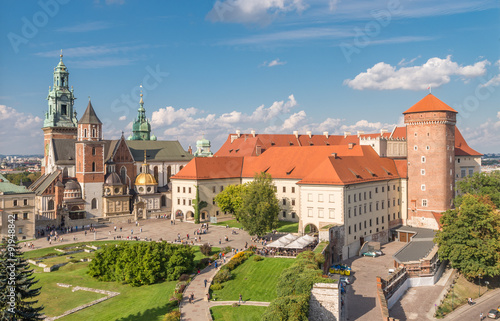 Zdjęcia na płótnie, fototapety na wymiar, obrazy na ścianę : Wawel Castle and Wawel cathedral seen from the Sandomierska tower on sunny afternoon