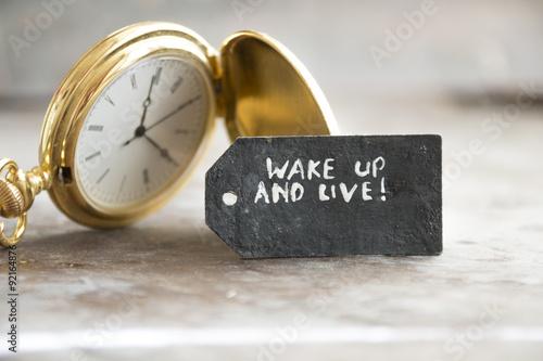 Réveiller et vivre et montre de poche Poster
