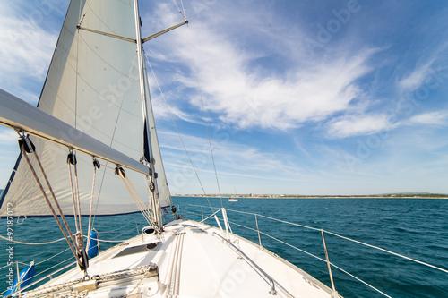 Fotobehang Zeilen Yatch sail and desk