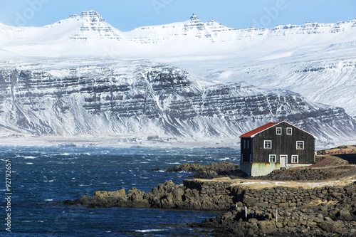 Billede House at the East coast of Iceland