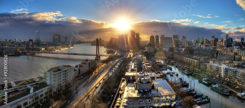 Foto op Aluminium Rotterdam Beautiful sunset panorama of the city of Rotterdam, the Netherlands, with the river Meuse.