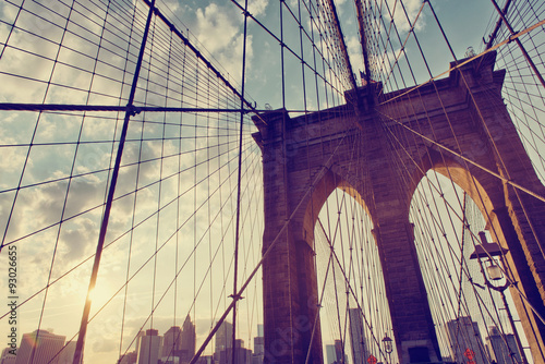 Szczegóły konstrukcyjne mostu brooklyńskiego