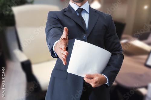 Foto Murales stretta di mano uomo in ufficio per colloquio di lavoro