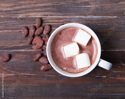 Foto op Canvas Chocolade Hot chocolate with marshmallow in white cup