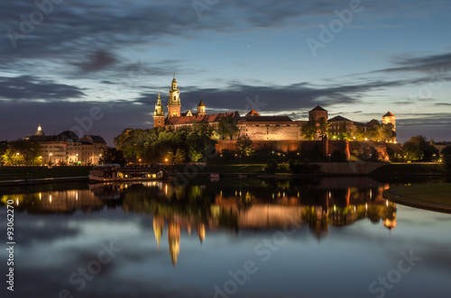 Wawel Castle and Wawel cathedral seen from the Vistula boulevards in the morning © tomeyk