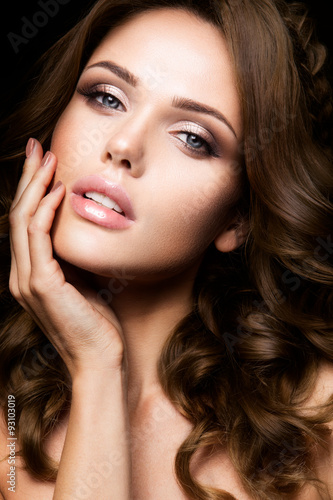 Poster Close-up portrait of beautiful woman with bright make-up