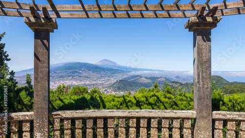 Plakat Panoramablick auf Hügellandschaft