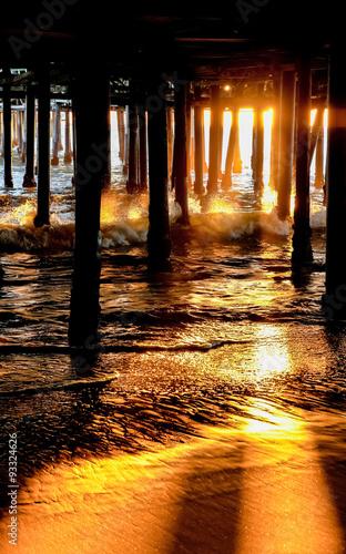 Papiers peints Morning Glory Under the pier II