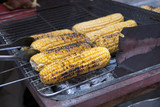roasted corn on the grill - 93374860