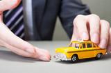Fototapety 黄色のタクシーとビジネスマン