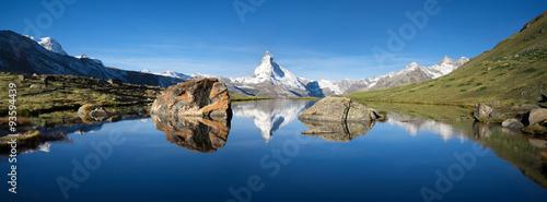 mata magnetyczna Schweizer Berge mit Matterhorn und Stellisee im Vordergrund