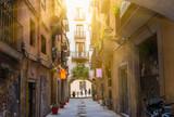 Stara ulica w Barcelonie. Hiszpania