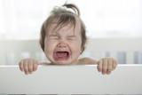 plačící holčička