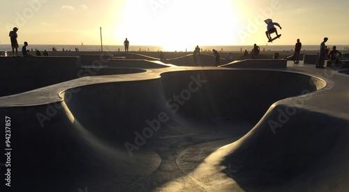 Zdjęcia na płótnie, fototapety, obrazy : Skateboarding in Venice Beach