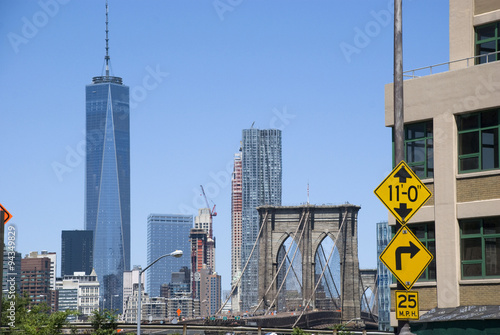Poster One World Trade Center und Brooklyn Bridge, New York City