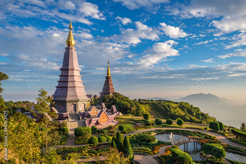 Fotobehang Thailand Sunset at Doi Inthanon - Chiang mai Thailand