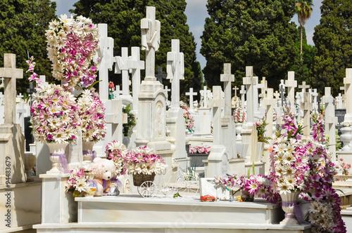 Sepulcros del cementerio de Sevilla, culto a los muertos, Andalucía, España
