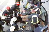 practice rescue victims in traffic accidents