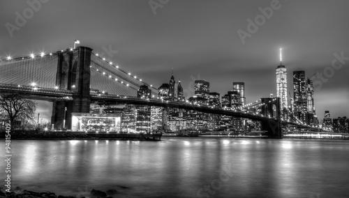 Zdjęcia na płótnie, fototapety, obrazy : Brooklyn bridge at dusk, New York City.