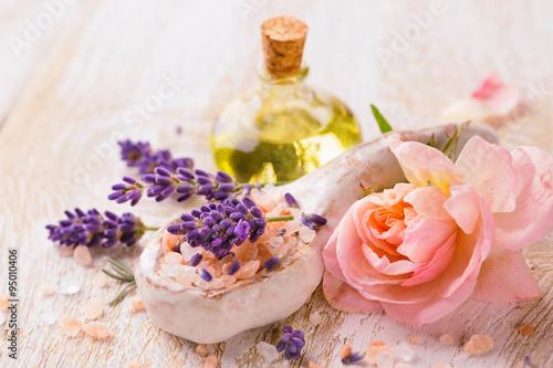 Leinwanddruck Bild Spa still life with lavender and rose flower