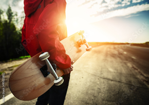 Plexiglas Skateboard Skater on road