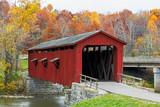 Fototapety Cataract Covered Bridge and Fall Foliage