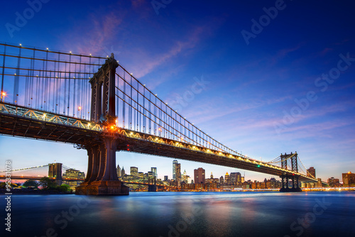 Amazing view to new york city bridge
