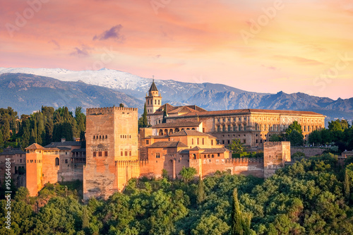 Leinwanddruck Bild Ancient arabic fortress Alhambra at the beautiful evening