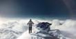 wanderer auf schneebedeckten gipfel
