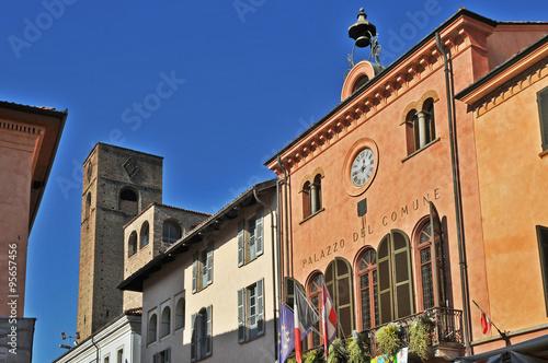 Poster Le torri di Alba, Langhe - Piemonte