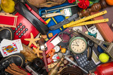 fondo di oggetti in caos