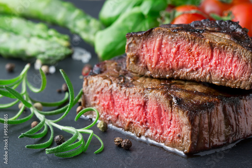 Foto op Canvas Steakhouse steak on slate
