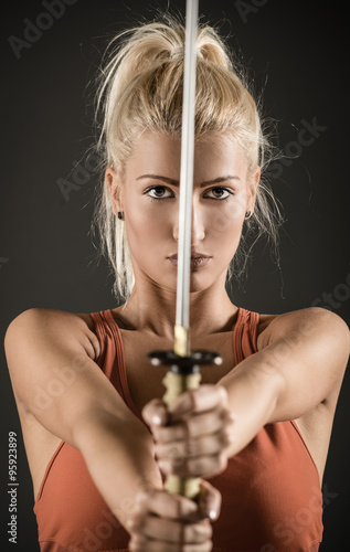 Poster Sword In The Hands Of A Beautiful Woman