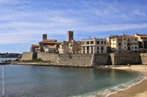 Zdjęcia na płótnie, fototapety, obrazy : Beach and city, Antibes, France