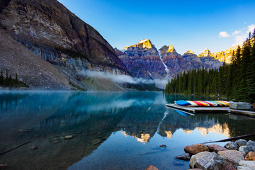 Moraine Lake, Banff National Park, Canada © T.Yokoyama