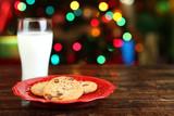 Fototapety Christmas cookies and milk