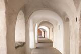 Fototapety Altstadt von Glurns (Gloria) im Vinschgau-Suedtirol-Laubengasse Südtirol Italien