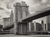 The Brooklyn Bridge and the lower Manhattan skyline in New York