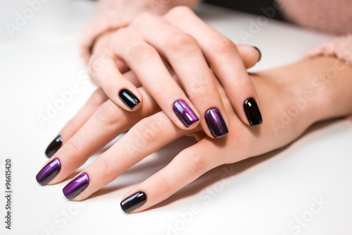 Стенна Декорация Hand on hand with nice manicure