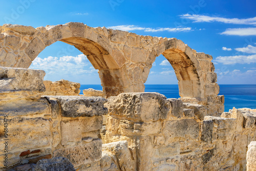 fototapeta na ścianę Old greek arches ruin city of Kourion near Limassol, Cyprus