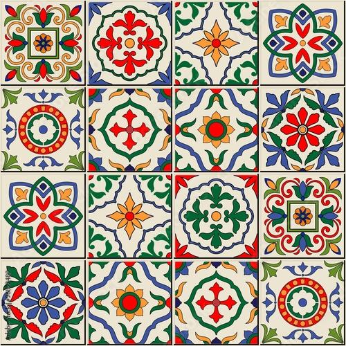 przepiekny-wzor-marokanskie-portugalskie-kafelki-azulejo-ozdoby