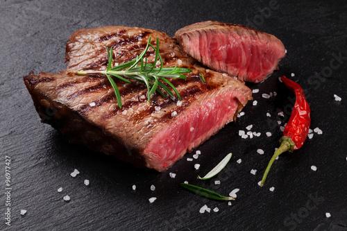 Poster Entrecôte de bœuf au romarin, sel et poivre