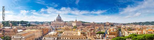 rzym-i-bazylika-swietego-piotra-w-watykanie