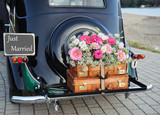 wedding car - 97522269